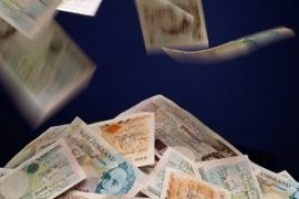 UK Pay Settlements Steady in Private Sector