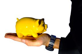 Brits leaving more cash in savings accounts