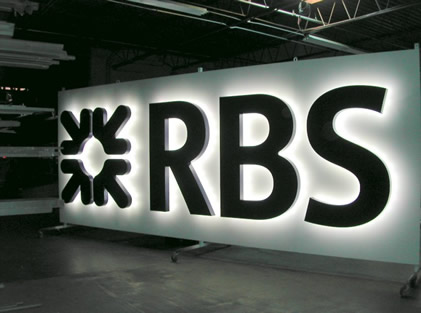 Royal Bank of Scotland Shares Decline as Chief Executive Leaves