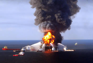 BP Warns of Weak Earnings as Gulf Oil Spill Claims Come In
