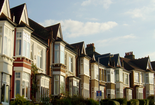 UK Property Outlook: Experts' Predictions for 2014