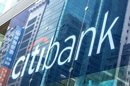 Australian Banks Face Class Action Lawsuit Over Late Fees